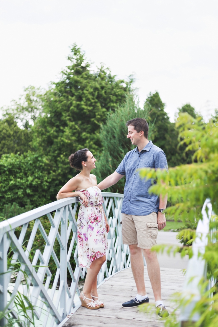 engagement photos on bridge